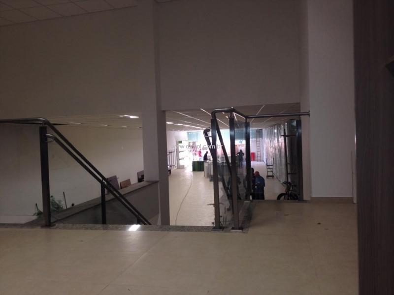 guarda-corpo-aco-inox-sistema-para-vidro-e-corrimao-004