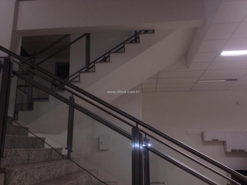 guarda-corpo-aco-inox-sistema-para-vidro-e-corrimao-011