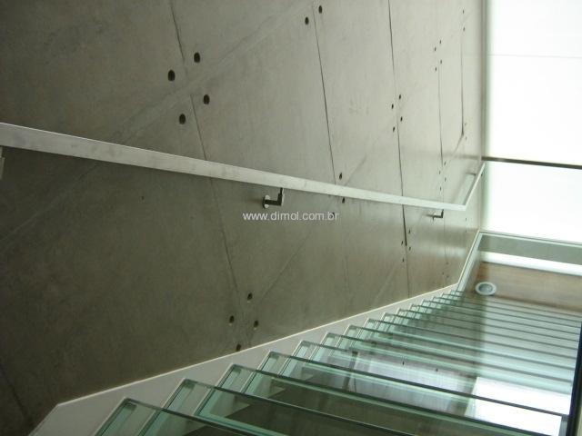 guarda-corpo-aco-inox-com-vidro-009