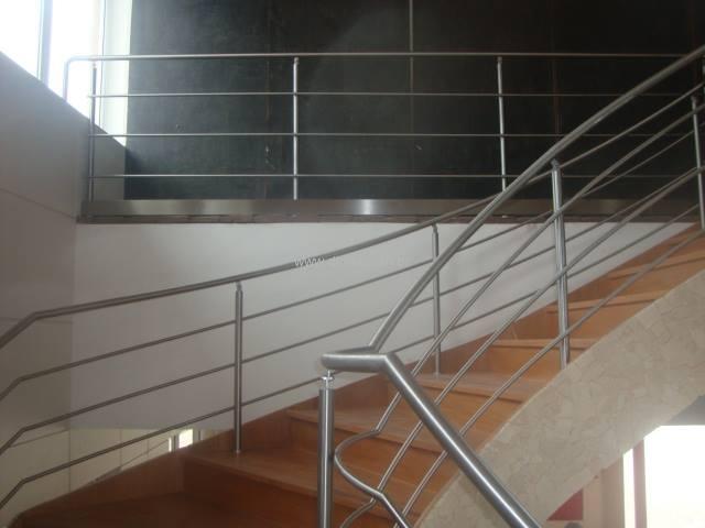 guarda-corpo-aco-inox-curvas-especiais-011